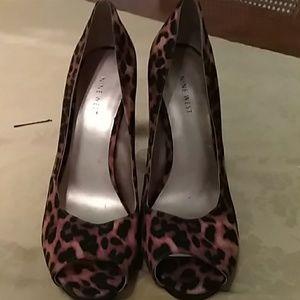 Nine West Leopard/Cheetah High Heels Worn Once